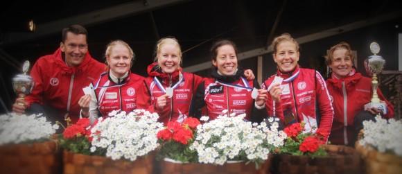 Venlojen viestin palkintojenjaossa Janne Märkälä, Lotta Karhola, Sonja Kyrölä, Venla Harju, Saila Kinni ja Annika Viilo.