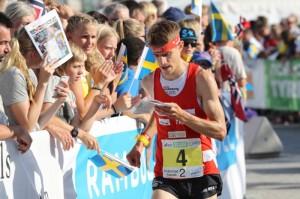 Florian Howald sprinttiviestissä. Kuva: http://www.swiss-orienteering.ch