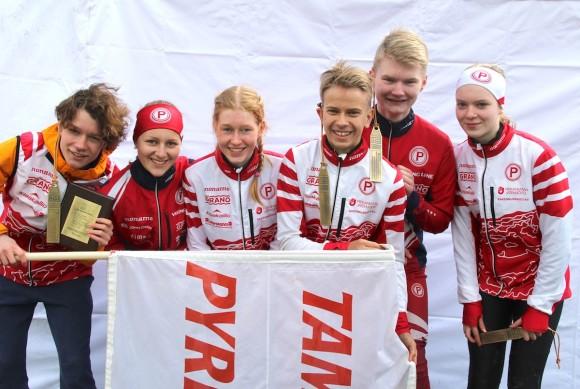 HD16-viestin 10. sija: Akseli Konttila, 15, Ilona Tikkakoski, 14, Pihla Häkkinen, 14, Leo Matinheikki, 16, Juho Nieminen, 15, ja Silja Yli-Hietanen, 14.
