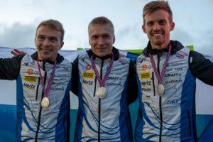 Huikea MM-viesti: Suomelle ja siten Eliakselle ja Aleksille MM-hopeaa! Sveitsille ja Simonalle hopeaa ja Ruotsille ja Johan Runessonille kultaa!