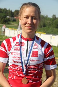 Sirkka-Liisa Lauronen, D40: SM-pronssia